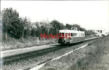 Photo argentique Automotrice autorail Micheline locomotive train chemin de fer 1