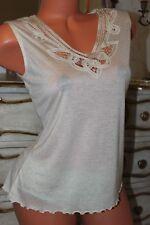 (REF 16)  NEXT  Cream Elasticated Ladies Lace V Neck Top size 12