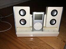 APPLE IPOD MINI 1st GENERATION SILVER (4 GB) USB + case  ITRIP + inmotion bundle