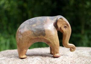 wunderschöne Keramikfigur glasiert Elefant Designerstück seltene Künstlerarbeit