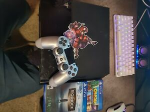 Sony PlayStation 4 500gb, 2 games, 1 controller, cables included