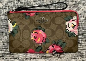 NEW Coach Large Corner Zip In Signature Canvas With Vintage Rose Print C5892 P1