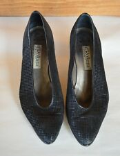 VTG Woman's d'Rossana Charna Black on Black Suede Heels 8.5 Leather Sole Italy