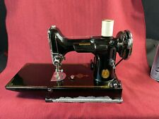 New ListingVintage Singer Featherweight Sewing Machine Model 221-1