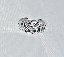 925 SOLID STERLING SILVER CELTIC KNOT TOE MIDI RING
