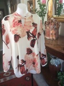 Chico's Pink/Ivory Floral Long Sleeve Polyester Blouse , Size 3