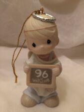 Enesco Precious Moments Peace On Earth.Anyway 183369 Ornament - Heart Mark