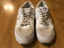 Girls Chasse Cheerleading Shoes White Lace-Up 8.5 Adult - Used