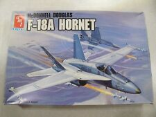 AMT ERTL / F-18A HORNET / Plastic Model Kit 1:72 Scale