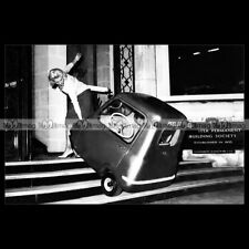 #pha.011133 photo peel p 50 (p50) 1960's microcar opalin car auto