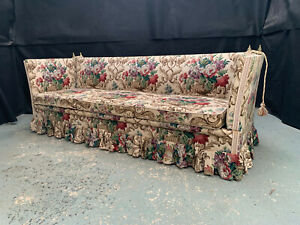 EB1775 Danish Floral Fabric Three-Seater Knole Sofa Vintage Drop-End Daybed