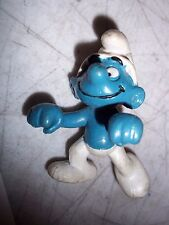 """1982 PEYO SMURF W. BERRIE ACTION FIGURE TOY 2 1/2"""" TALL"""