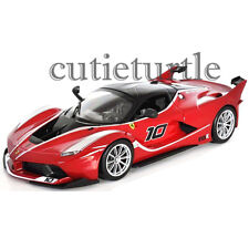 Bburago Ferrari Race & Play Ferrari FXX K #10 1:24 Diecast Model Car 26501 Red