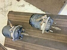 MCI 102DL3 D4500 D4000 BRAKE CHAMBER - REAR AXLE MOUNTED - MCI BUS PARTS