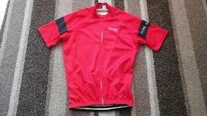 MENS CYCLING TOP JERSEY IN SIZE SMALL FROM GORE IN BRIGHT RED