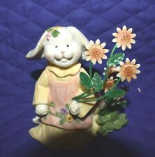 """Estate=Easter Bunny Figurine 4-1/2"""" Tall Resin Holding Metal Flowers Home Int."""