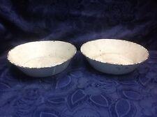 Art. 247 - Magnifica coppia di piatti per bilancia in ferro smaltato.