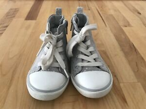 Old Navy Baby Toddler Girls high top zipper tennis shoes sneakers -gray - Size 6