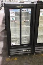 True GDM11SD Glass Door Merchandiser Refrigerator Beverage Cooler 2-DOOR
