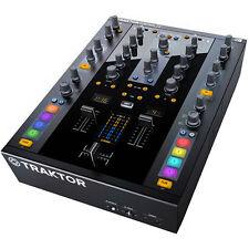 Native Instruments Kontrol Z2 Traktor DJ Mixer Controller