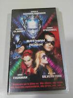 BATMAN Y Robin Clooney Schwarzenegger Uma Thurman - VHS Spanisch Neu - 2T