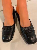 Salvatore Ferragamo Low Heel Pumps Black Leather Women Sz 7.5 Extra Narrow (2A)