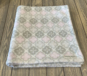 Blankets And Beyond Baby Girl Pink Gray White Diamond Blanket Soft Plush Fleece