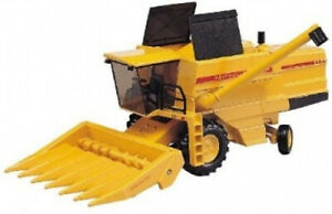 New Holland TX34 Combine Harvester with Maize Head. Joal. Shipping is Free