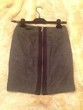 NEW! BEBE Tailored Pencil Skirt SZ 00 Grey knit black zipper detail retails $79