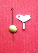 Nuevo Péndulo de Metal pequeñas y clave para la clave de la herida Novedad Reloj Cucú en miniatura.