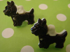 2 Adorable Black & White Scotty Dog Plastic Buttons sew craft knit quilt scrapbo