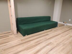 Kazuhide Takahama sofa by Gavina Knoll