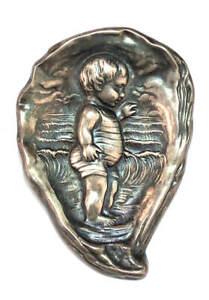 RARE Unger Brothers Art Nouveau Antique Repousse Sterling Silver Brooch c.1904