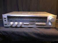 Onkyo Servo Locked FM Stereo/ AM Tuner Amplifier Model No. TX-21 Tested-works