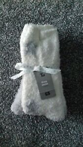 Womens 2 pack cosy socks cream and grey size 4-8