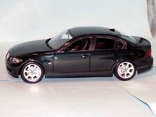 BMW 3 Series 330i E90  VERT GREEN   KYOSHO  08731G  1:18