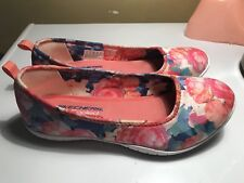 Sketchers Air-Cooled Memory Foam Multy Color Size 8