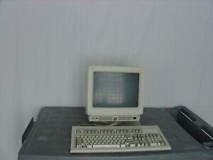 IBM 3151 Terminal With Keyboard - Used