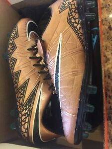 Men's Nike Hypervenom Phinish II FG,Firm Ground Soccer Cleat 749901-903,Size 8.5