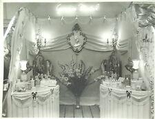 GERMAINE MONTEIL STAND SALON COSMETIQUES PARFUMS PHOTO Format 18 x 24 cm 1954