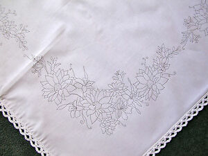 printed tablecloth to embroider with lace edge bouquet flowers cotton CSOO47
