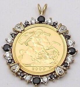 22ct solid gold 2000 British Queen Elizabeth II half sovereign in a 9ct pendant.