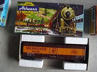 Vintage HO Scale Athearn Milwaukee Road 2636 Box Car MIB