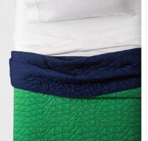 Pillowfort Full/Queen Triangle Stitch Quilt Green Blue