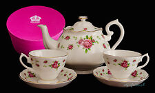 ROYAL ALBERT NEW COUNTRY ROSES TEA FOR TWO 2 TEAPOT AND 2 CUPS & SAUCERS BOXED