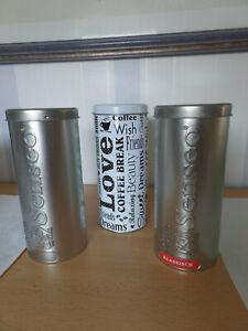 2 Senseo Pad Dosen silber mit Lifter 1 Dose weiß mit Aufdruck ohne Lifter