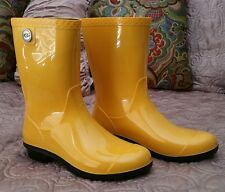 UGG Australia Womens Sienna Golden Glow Classic Rubber Rain Boots US 8