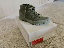 Men's Nike Flyknit Trainers Chukka Size 8.5 With Box