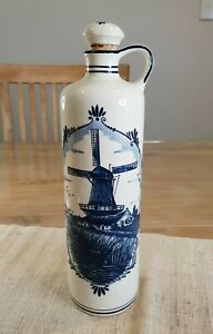 Vintage   Delft blue made in Holland hand painted Bottle Jug Windmill 27DM 79/1G