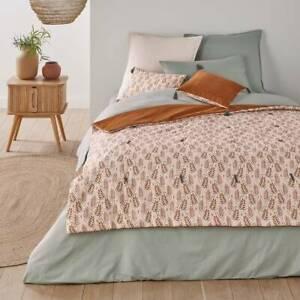 New Dario Quilt Bedspread 150x138cm Velvet Washed Cotton Reversible Foliage Leaf